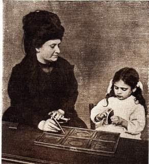 Ni trop…ni pas assez: Du rôle de l'adulte dans la pédagogie de Maria Montessori