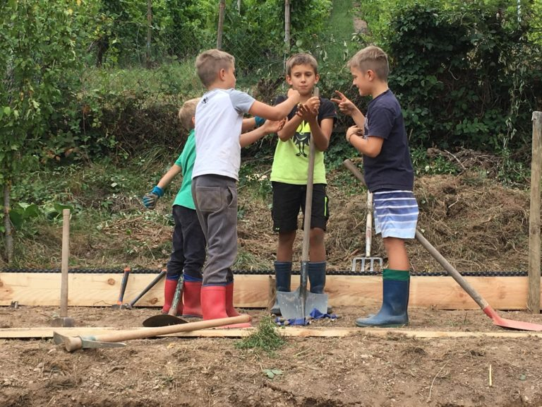 atelier montessori jardin decouverte nature