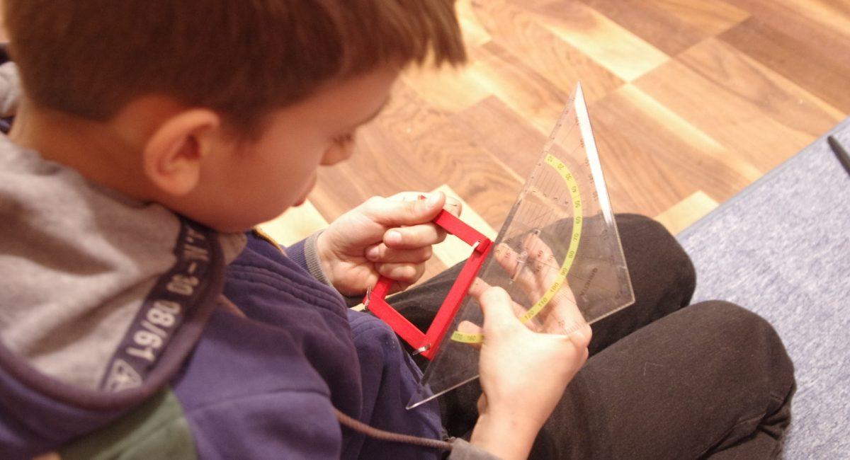 ateliers-montessori-enfants-adultes-adolescents-vosges-en-terre-d-enfance