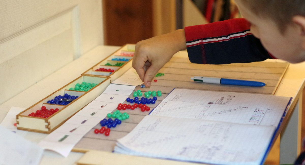 Formation Adultes Montessori - Multiplication et Division